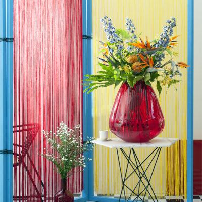 ein tropischen blumenstrau ist nicht komplett ohne die anthurie. Black Bedroom Furniture Sets. Home Design Ideas