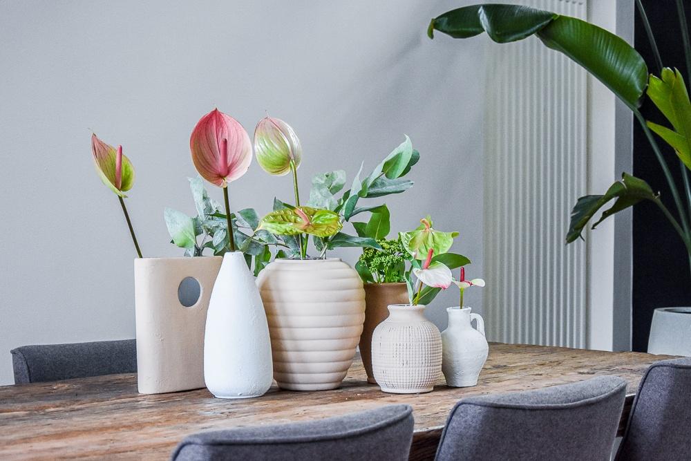 DIY: Alte Vasen + leere Gläschen upcyceln