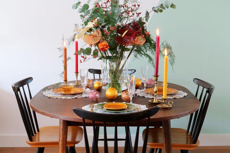 Trend: a botanical Christmas decoration using anthuriums