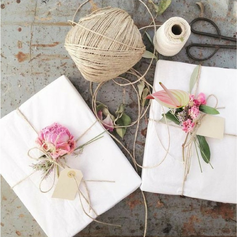 How to use Anthuriums to wrap gifts beautifully
