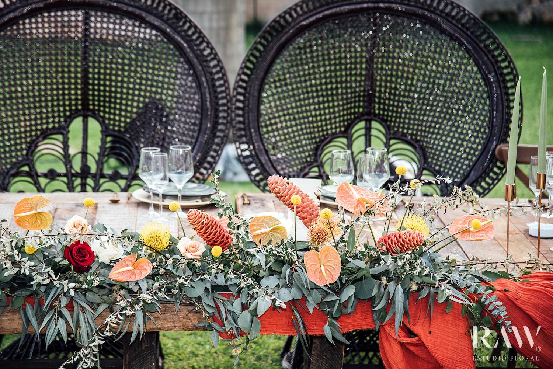 Am Tisch des Hochzeitspaares Anthurium Blumen